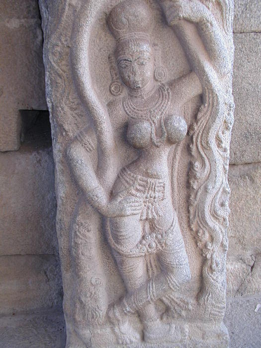 A bodacious statue at the Krishna Temple in Hampi. Who says you have to go to Khajuraho (home of the Kama Sutra) in Madyha Prade
