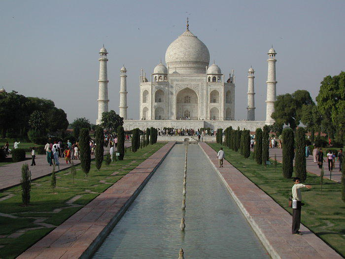 A classic Taj Mahal photo.