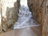 I saw 'the flow' between a rock and a hard place. This is still Om Beach. It was a premonition of sorts.